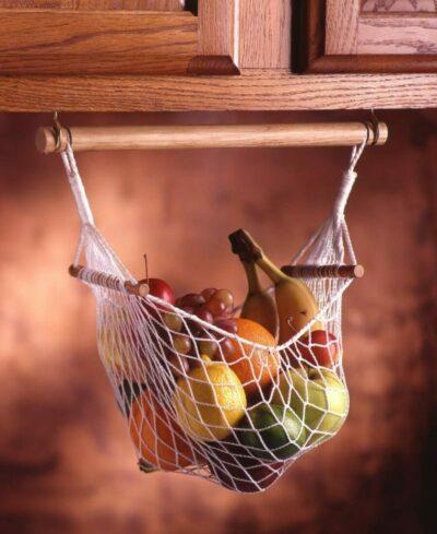 идеи для маленькой кухни: корзина для фруктов